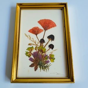 Vintage Pressed Dried Flowers Framed Wall Hanging